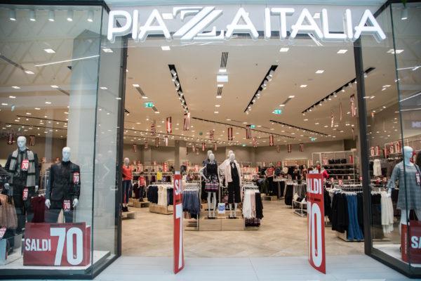 best sneakers a5c17 f8c60 Piazza Italia - Centro Commerciale I Viali